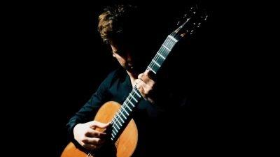 campbell-diamond-cultura-artistica-guitar